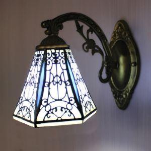 ティファニーライト 壁掛けライト ステンドグラスランプ ウォールランプ 照明器具 ロッジ型 1灯 BEH403959