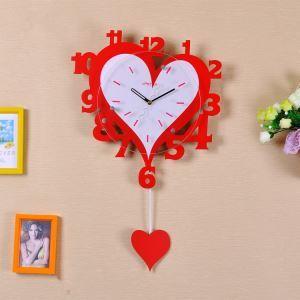 壁掛け時計 静音時計 振子時計 子供屋用時計 ハート型