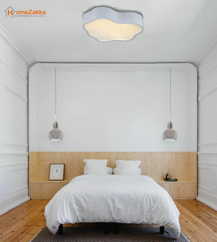 アパートのベッドルーム