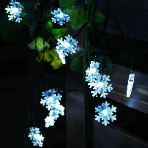 LEDイルミネーションライト LEDストリングライト ソーラーライト 雪花型照明 防水 パーティー 祝日飾り