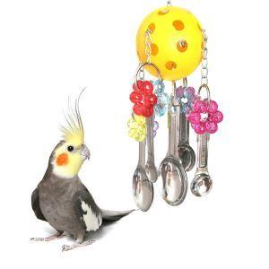 オウムおもちゃ インコおもちゃ プラスチックボール スポーンの串 鳥用品 噛む玩具 吊り下げ トレス解消 遊び 知育訓練