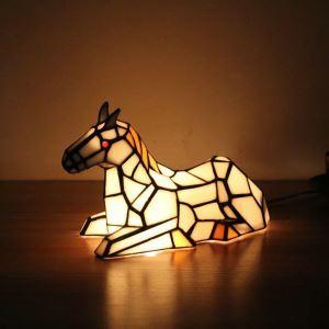 テーブルランプ ティファニーライト ステンドグラスランプ 枕元スタンド ナイトライト 馬型 1灯