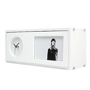 【置き時計】フォトフレーム付写真1枚収納と時計が一体♪