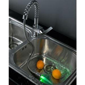 3色LEDキッチン蛇口 台所蛇口 引出し式水栓 冷熱混合水栓 クロム