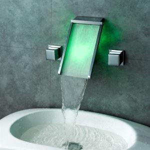 3色LEDバス・洗面蛇口 壁付水栓 2ハンドル混合栓