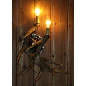 鹿角壁掛けライト ウォールライト 壁掛け照明 玄関照明 樹脂製 茶褐色 2灯 LED電球付 SWL2N4