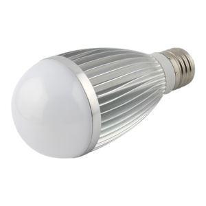 E26 7W  LED電球 450lm 電球色・昼光色 AC85-265V