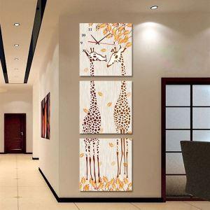 壁掛け時計 壁画時計 静音時計 キャンバス時計 おしゃれ 3枚パネル キリン