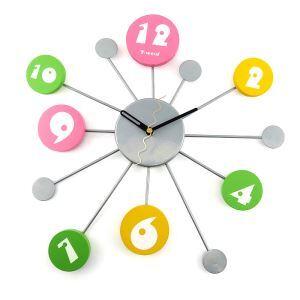 時計 壁掛け時計 静音時計 カラフルな数字時計 創意