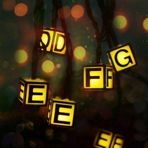 LEDイルミネーションライト LEDストリングライト ソーラーライト アルファベット照明 防水 パーティー 祝日飾り