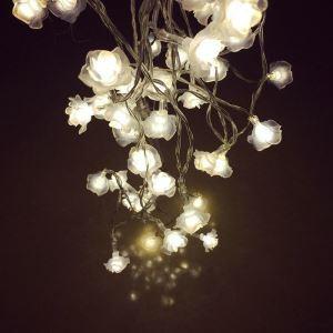 LEDイルミネーションライト LEDストリングライト ローズ型照明 防水 電池式 パーティー 祝日飾り