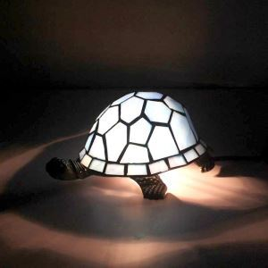 テーブルランプ ステンドグラスランプ 枕元スタンド ナイトライト 亀型 1灯