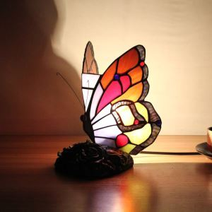テーブルランプ ステンドグラスランプ 枕元スタンド ナイトライト 蝶型 1灯
