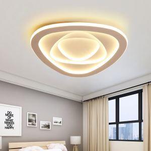 LEDシーリングライト リビング照明 照明器具 天井照明 子供屋 寝室 居間 オシャレ 三角型 LED対応